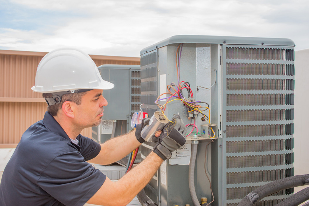 3 benefits of service contracts for your HVAC equipment
